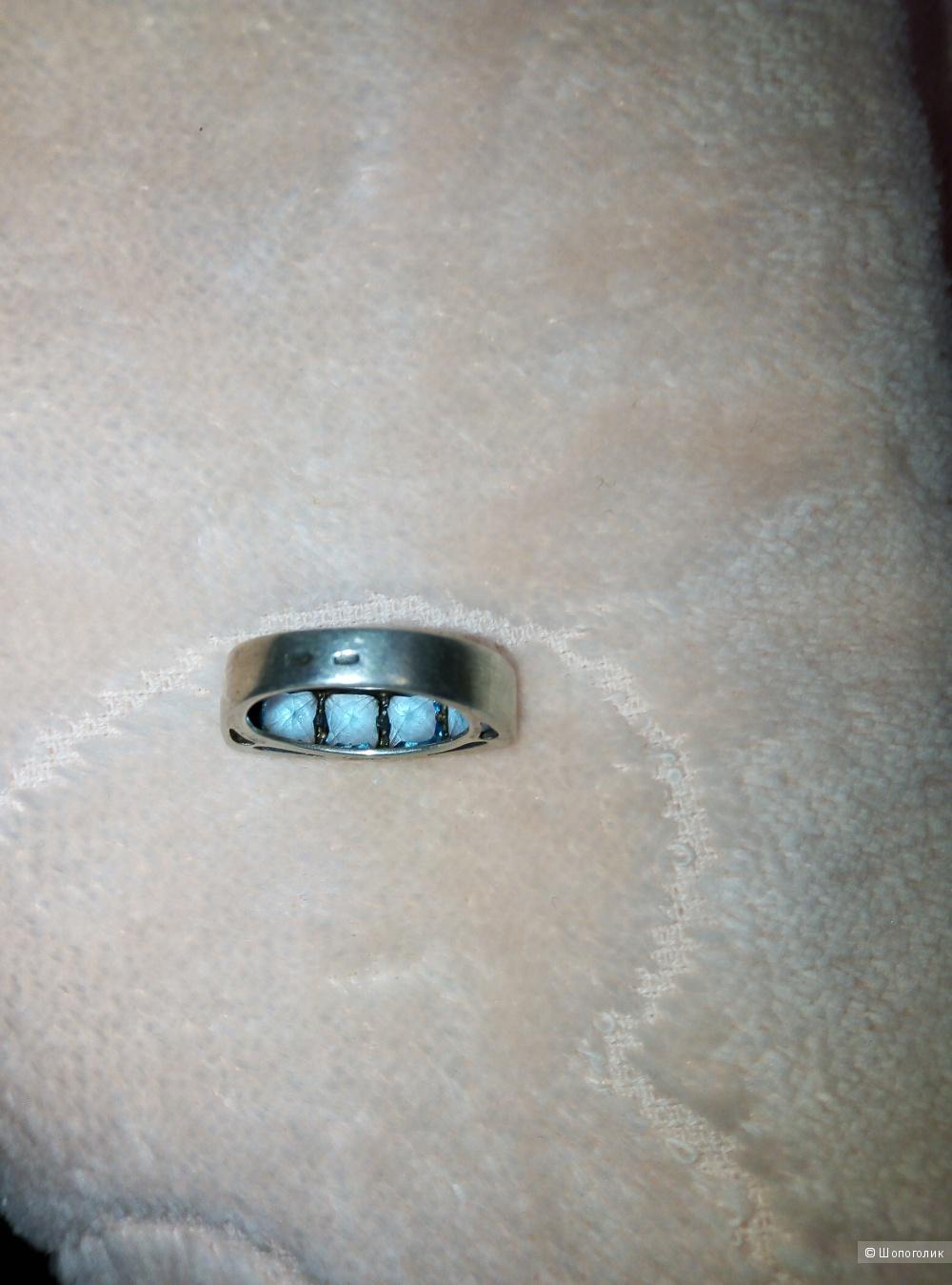 Кольцо серебряное. Р-р 17.