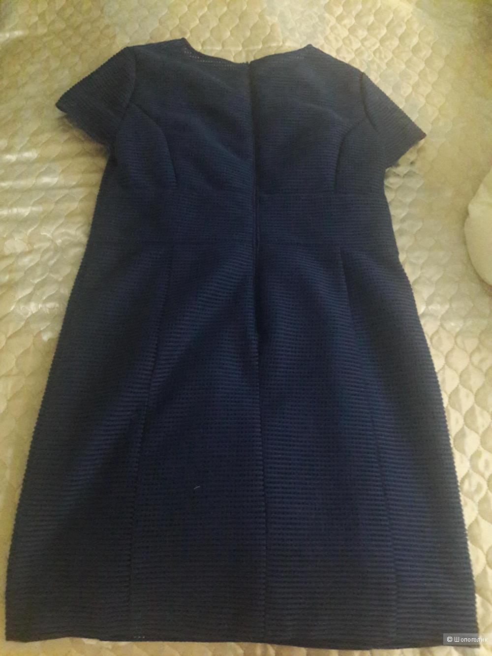 Шерстяное платье Caroline Biss 46 европейского размера