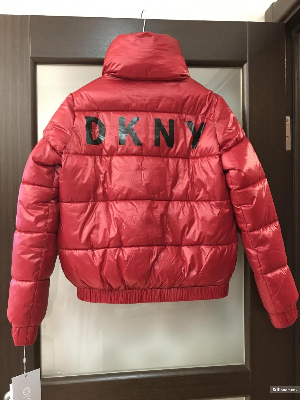 Куртка DKNY размер XS на 42рус