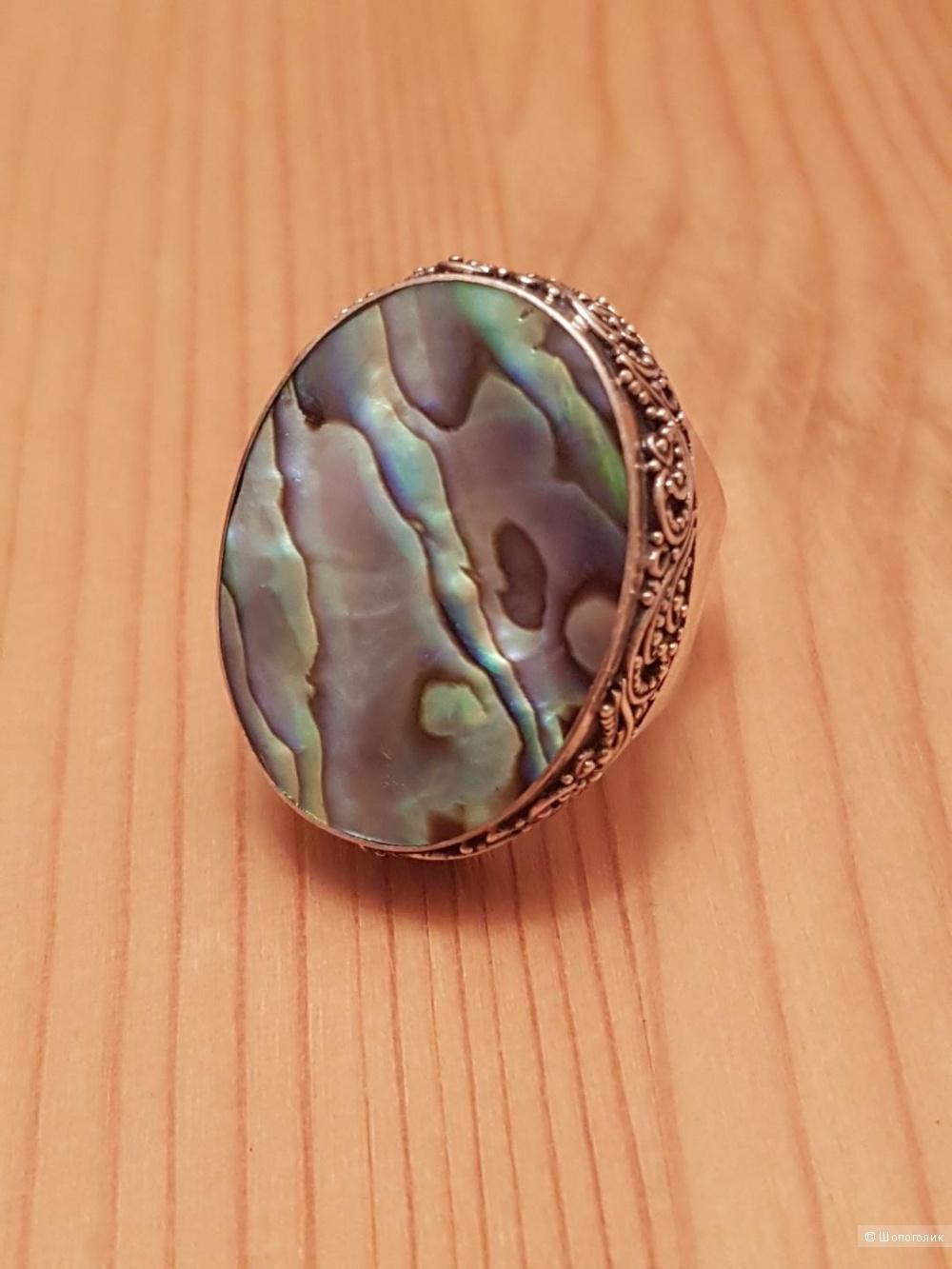 Серебряное кольцо с австралийским гелиотисом, размер универсальный.