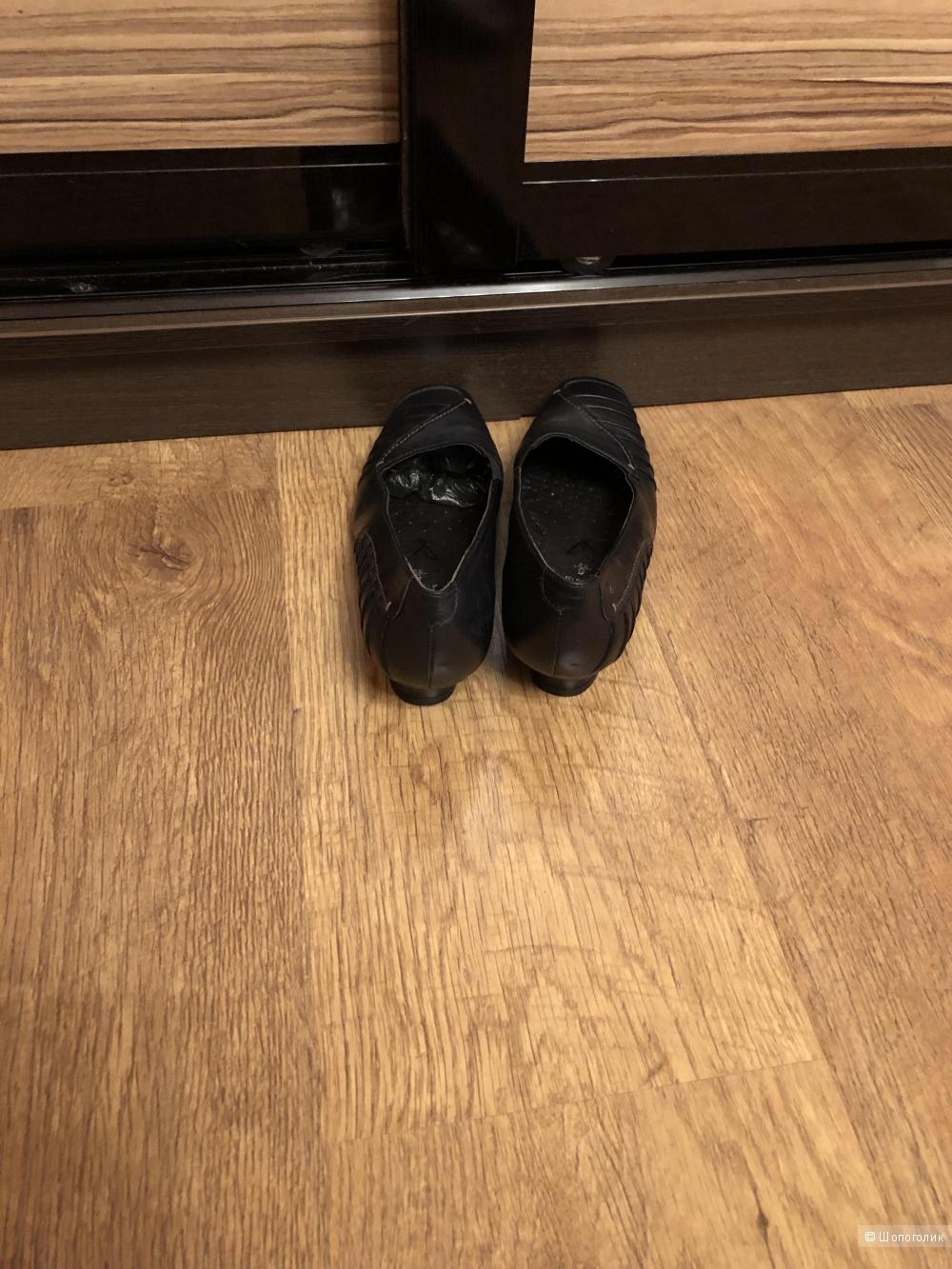 Туфли Caprice р.38
