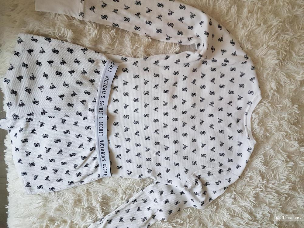 Пижама  Victoria's Secret . XS (40-42)