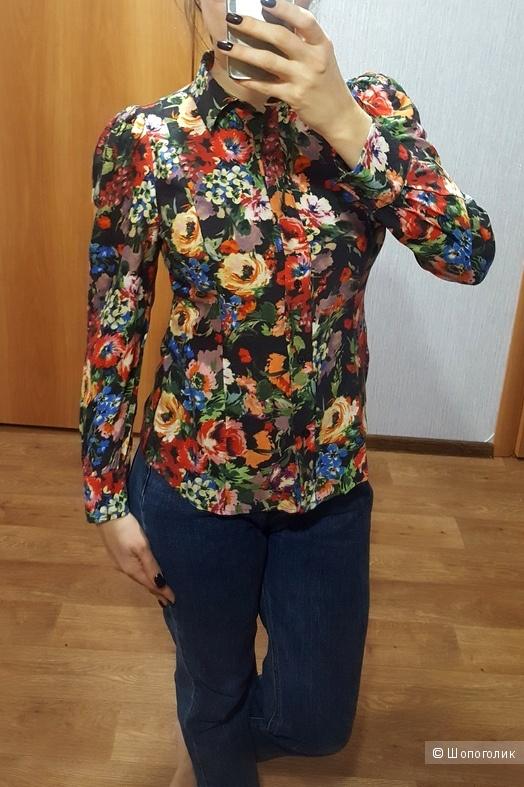 Красивая рубашка Love Moschino  на 42-44