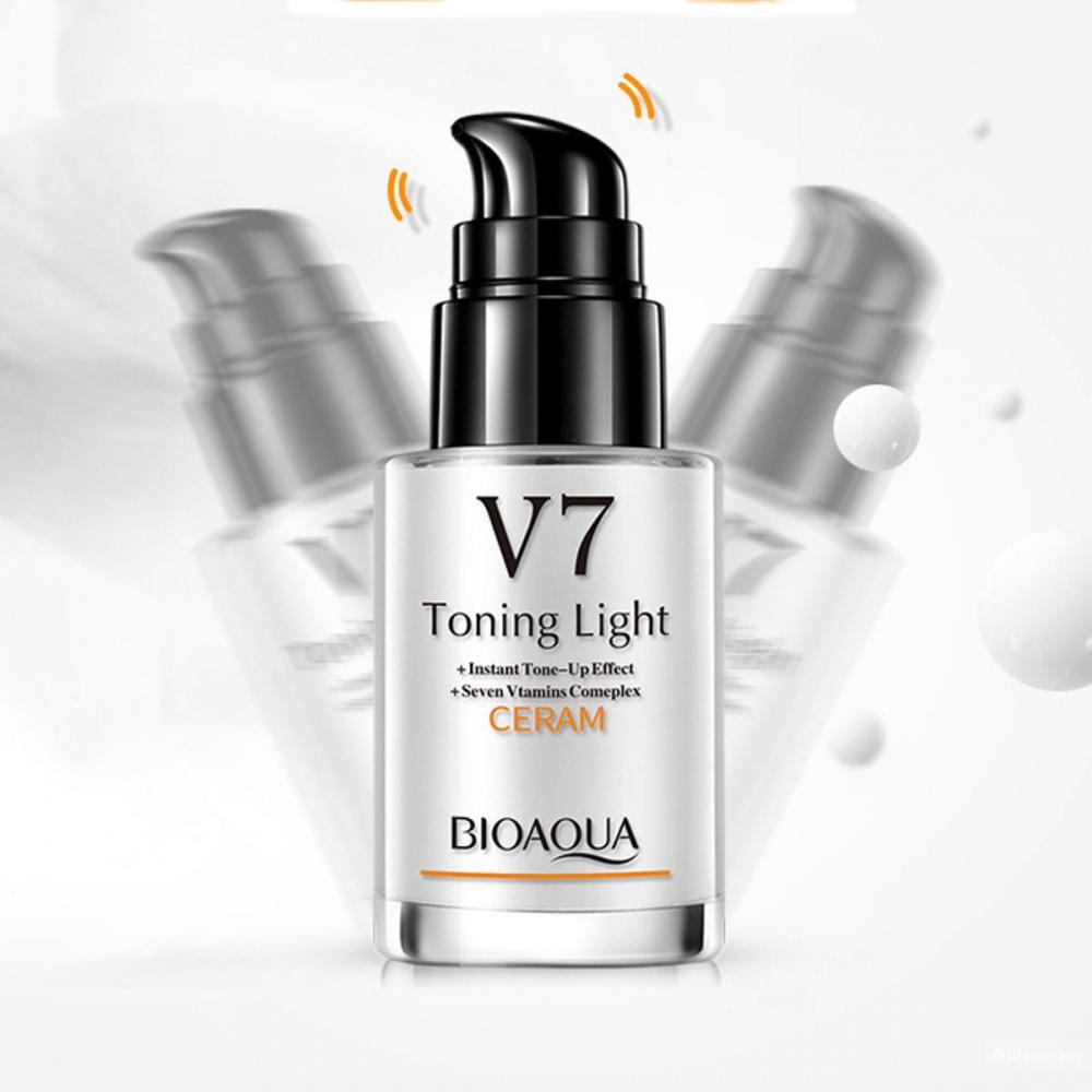 BioAqua V7 Toning Light Ceram дневной тонизирующий крем под макияж