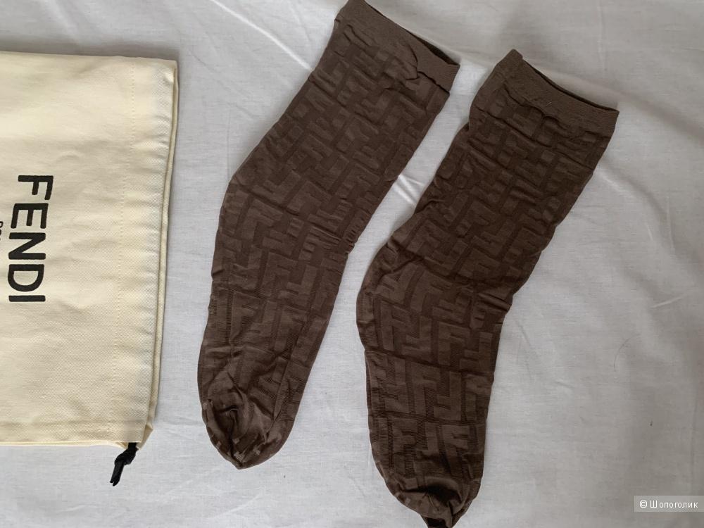 Бежевые носки Fendi размер One size