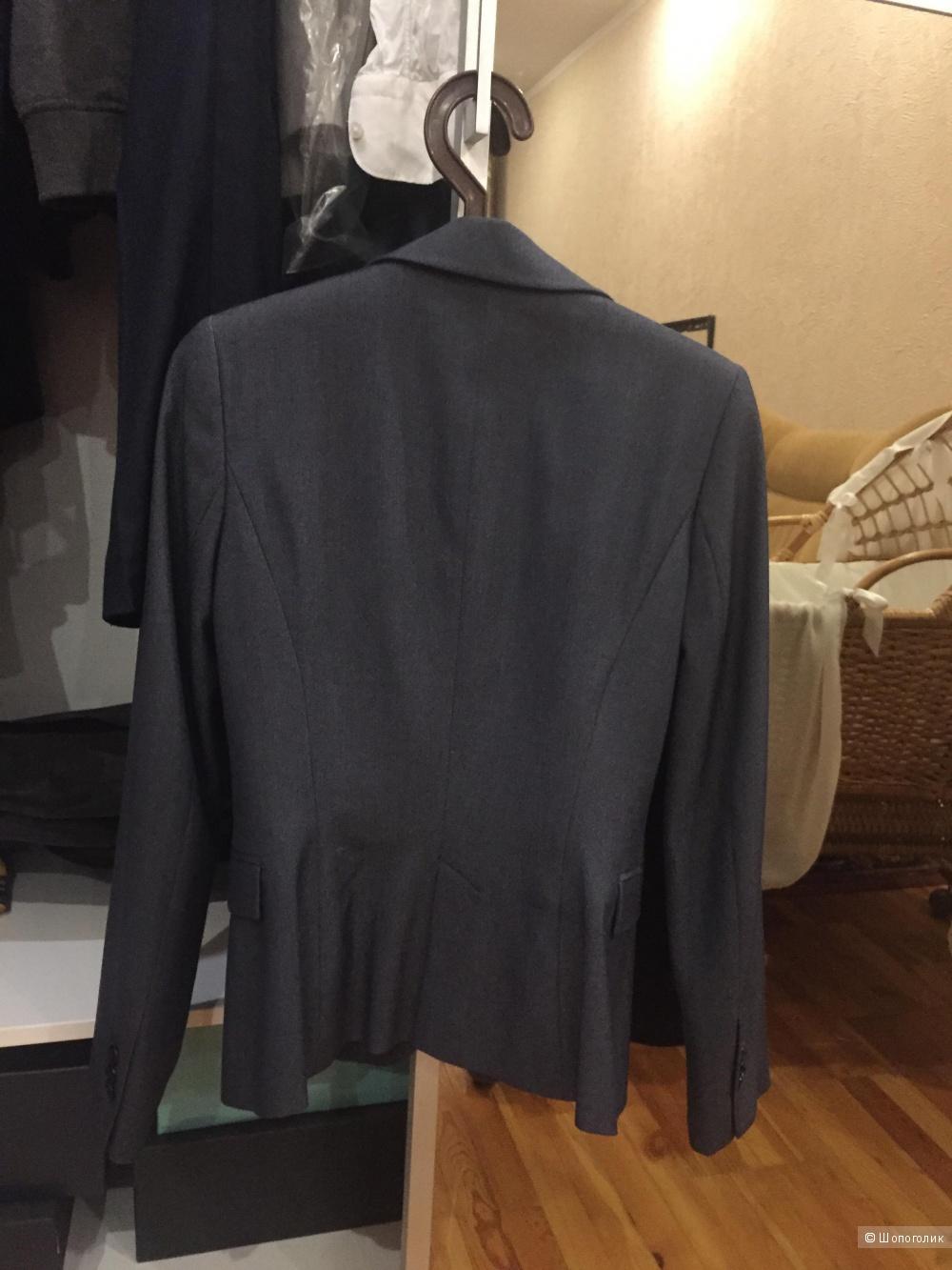 Zara пиджак,42-44
