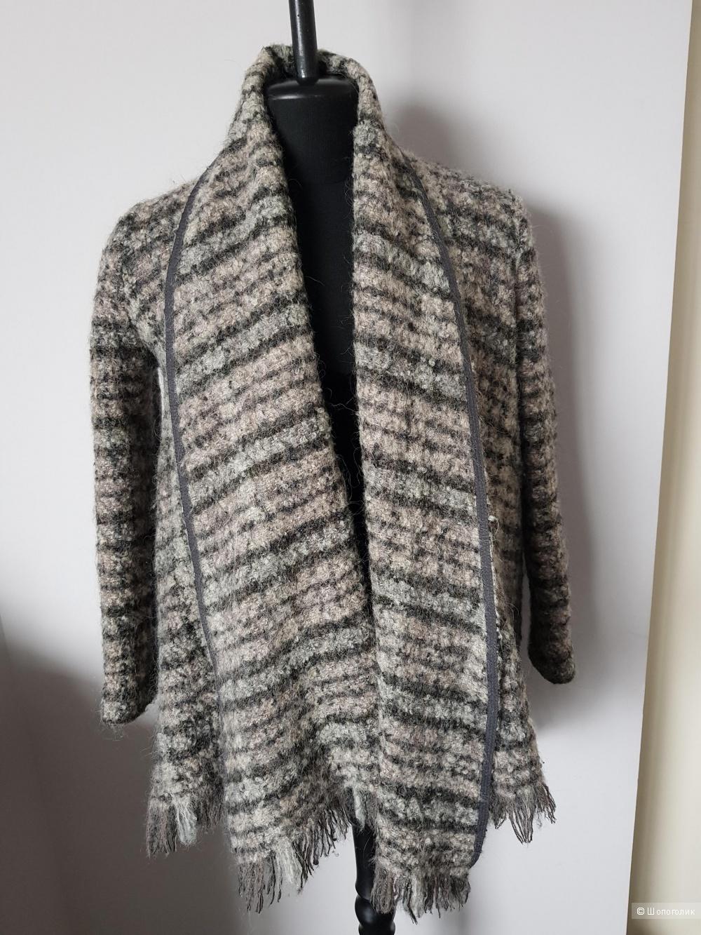 Пальто Zara women 44-48rus.