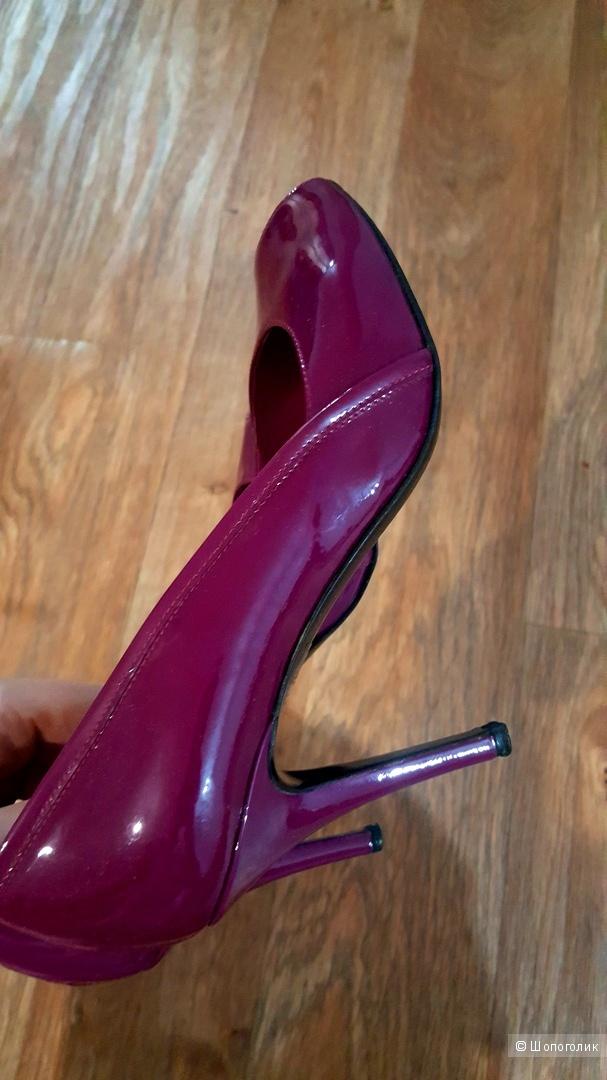 Туфли Max Mara, размер 39