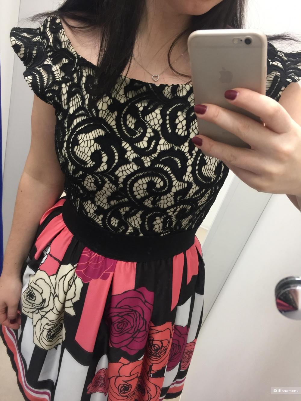 Платье RINASCIMENTO размер М