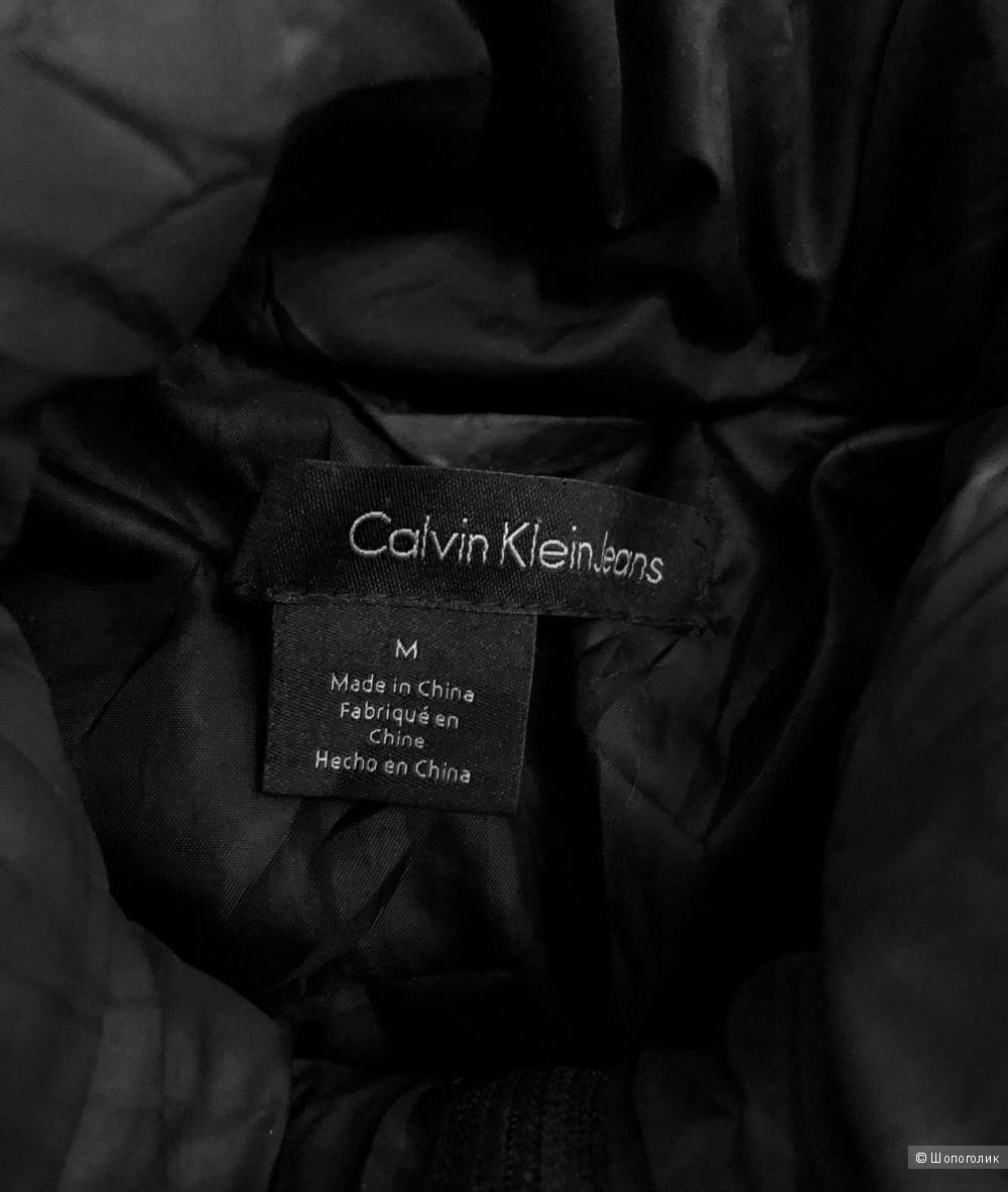 Пуховик Calvin Klein, размер S-M.