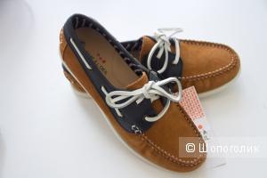 Туфли-мокасины на мальчика 35р-р