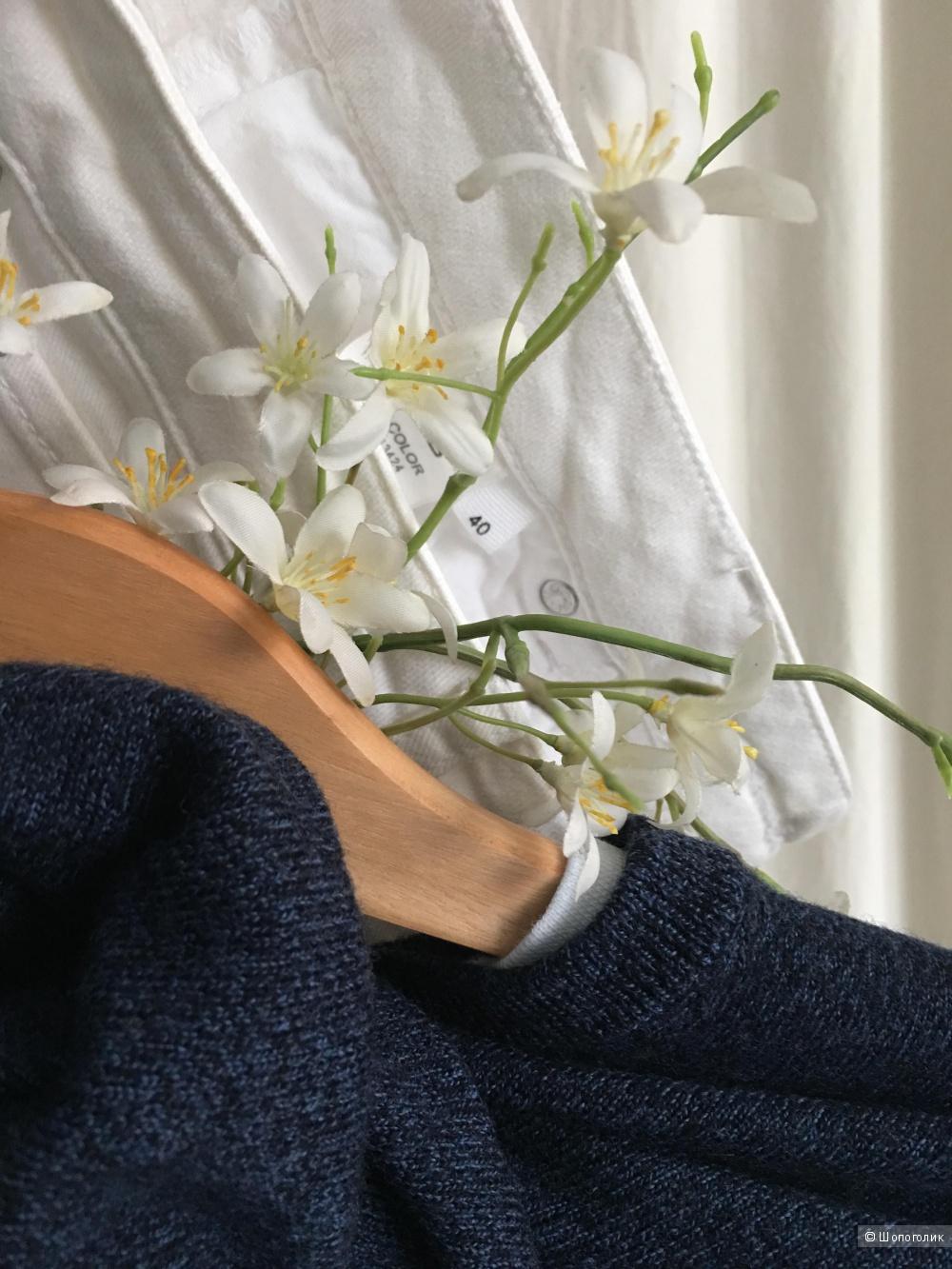 Пуловер Calvin Klein. Размер М.