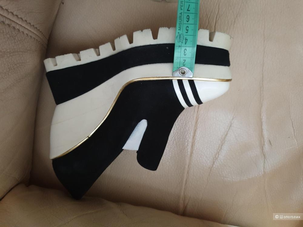 Туфли Paloma Barcelo, 26 см, на 39 размер