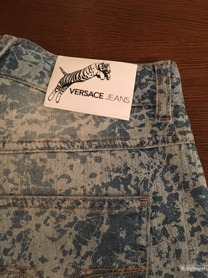 Джинсовые брюки Versace, 26 размер