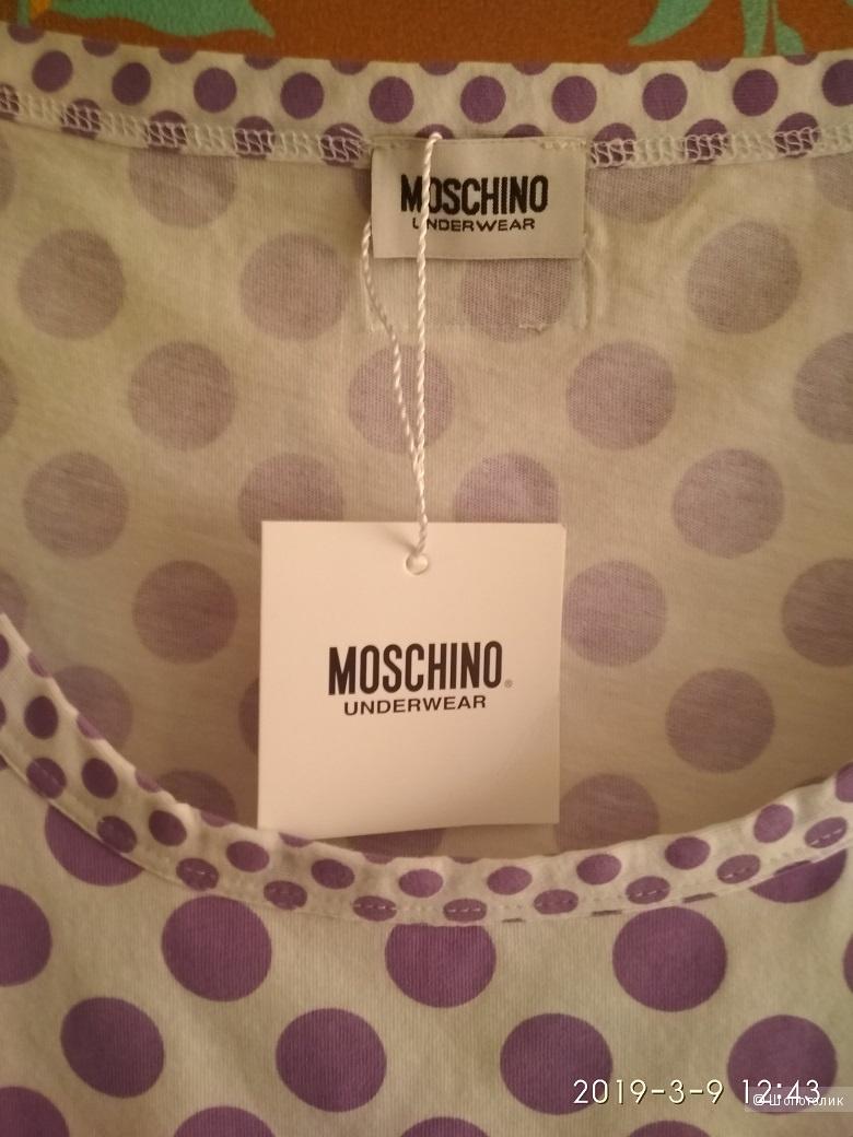 Футболка Moschino,  размер IT 46 на наш 46-48.