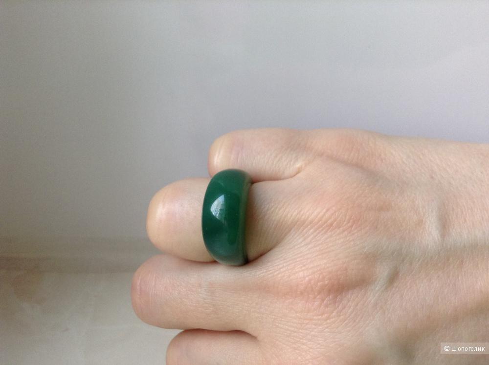 Кольцо из хризопраза, 16 размер