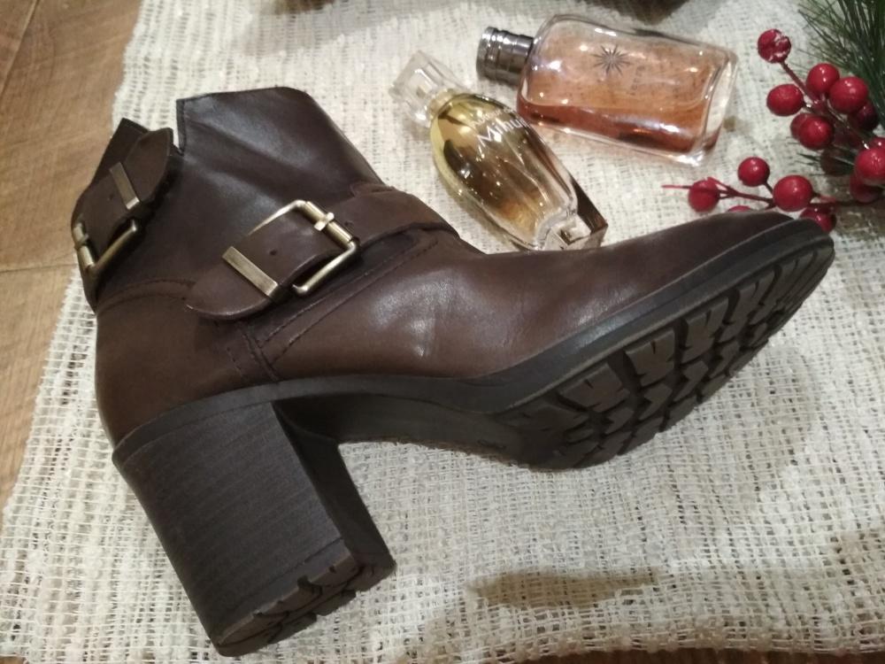 Ботинки Alesya 38