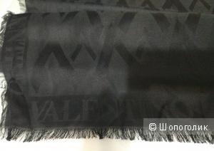 Шарф шелковый унисекс Valentino