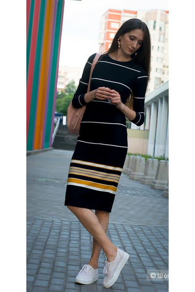 Платье Zara. Размер S.