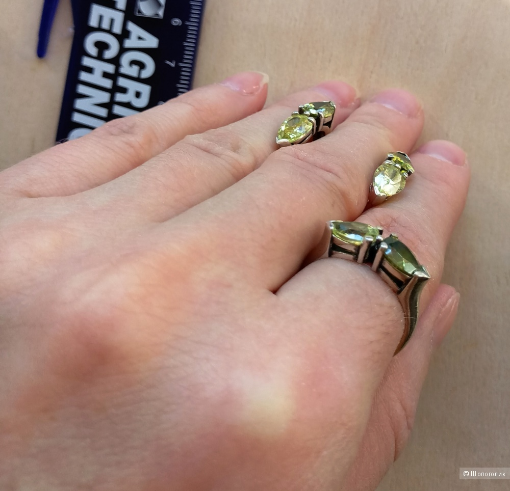 Комплект серебряный серьги и кольцо размер 17