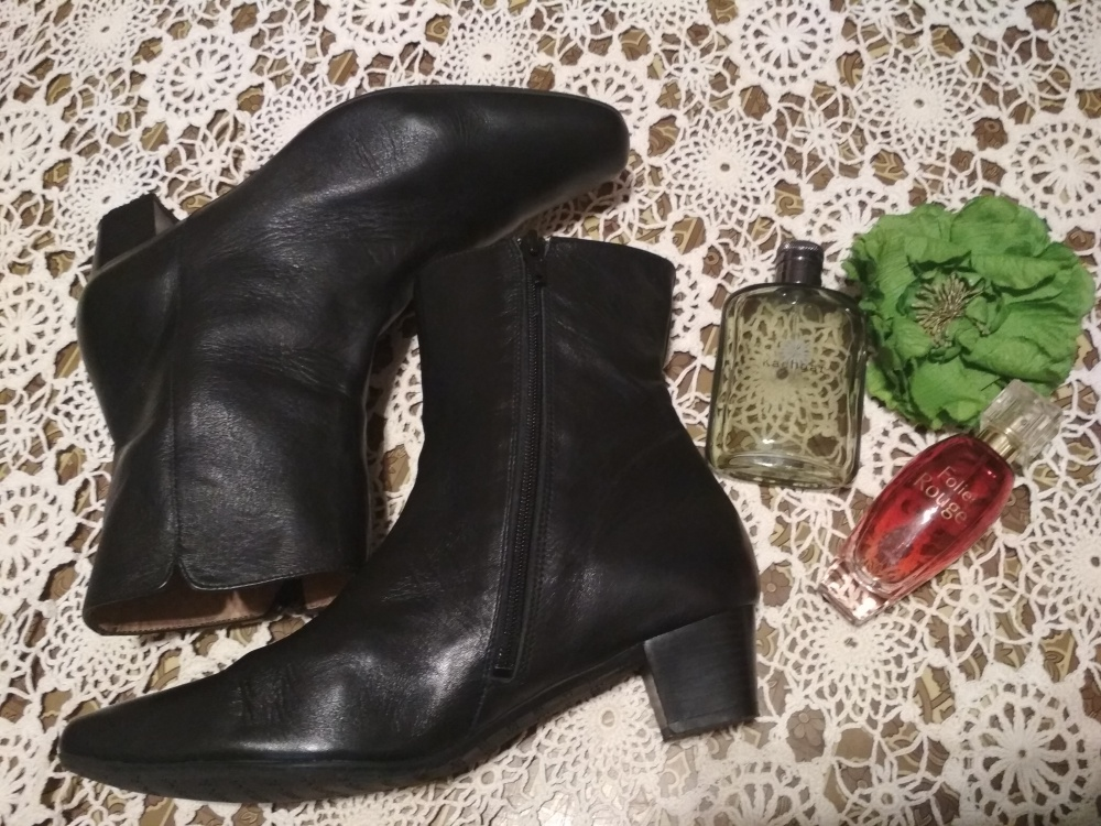 Ботинки Escarpins-Hotesse 40