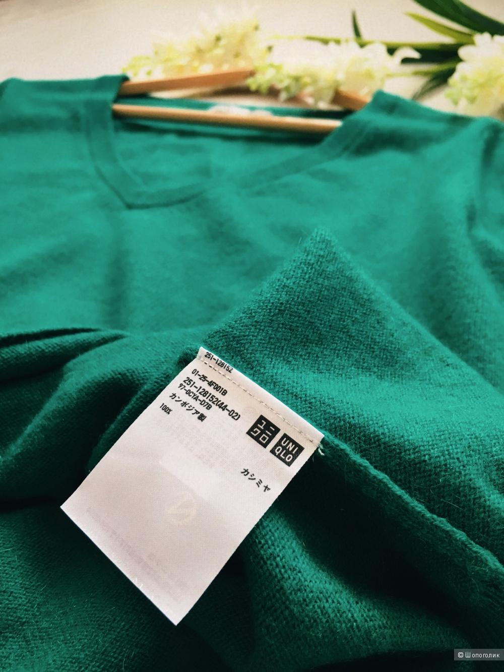 Пуловер Uniqlo. Размер XL.