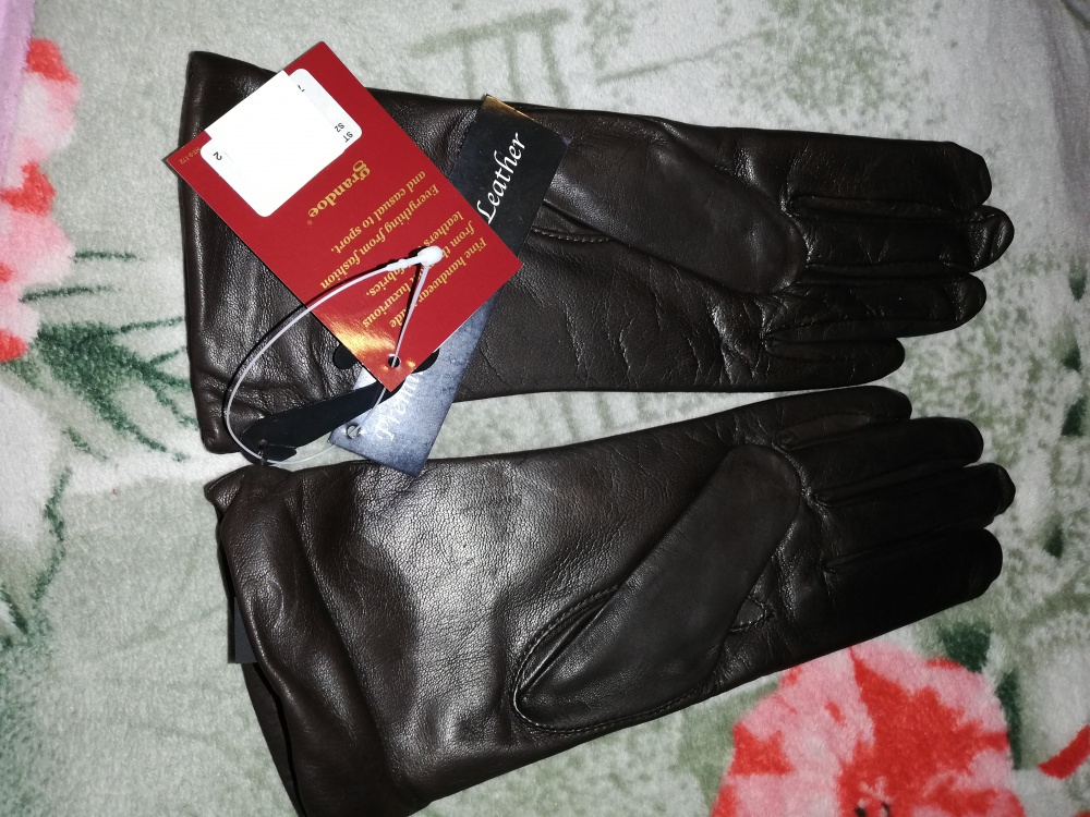 Перчатки кожаные на кашемире 6,5