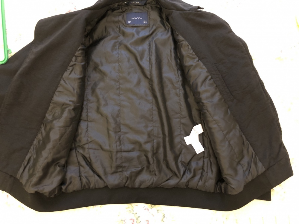 Мужская весенняя куртка ZARA размер XL( EUR),  XL (USA),  42 (MEX)