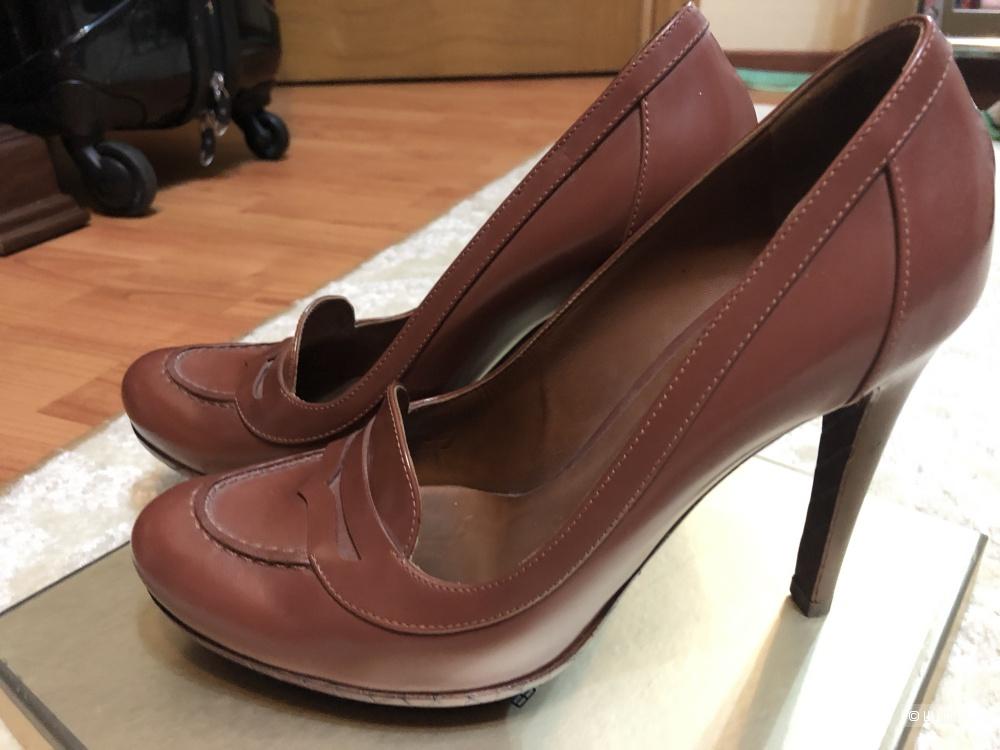 Туфли Bottega Veneta 38,5 размер