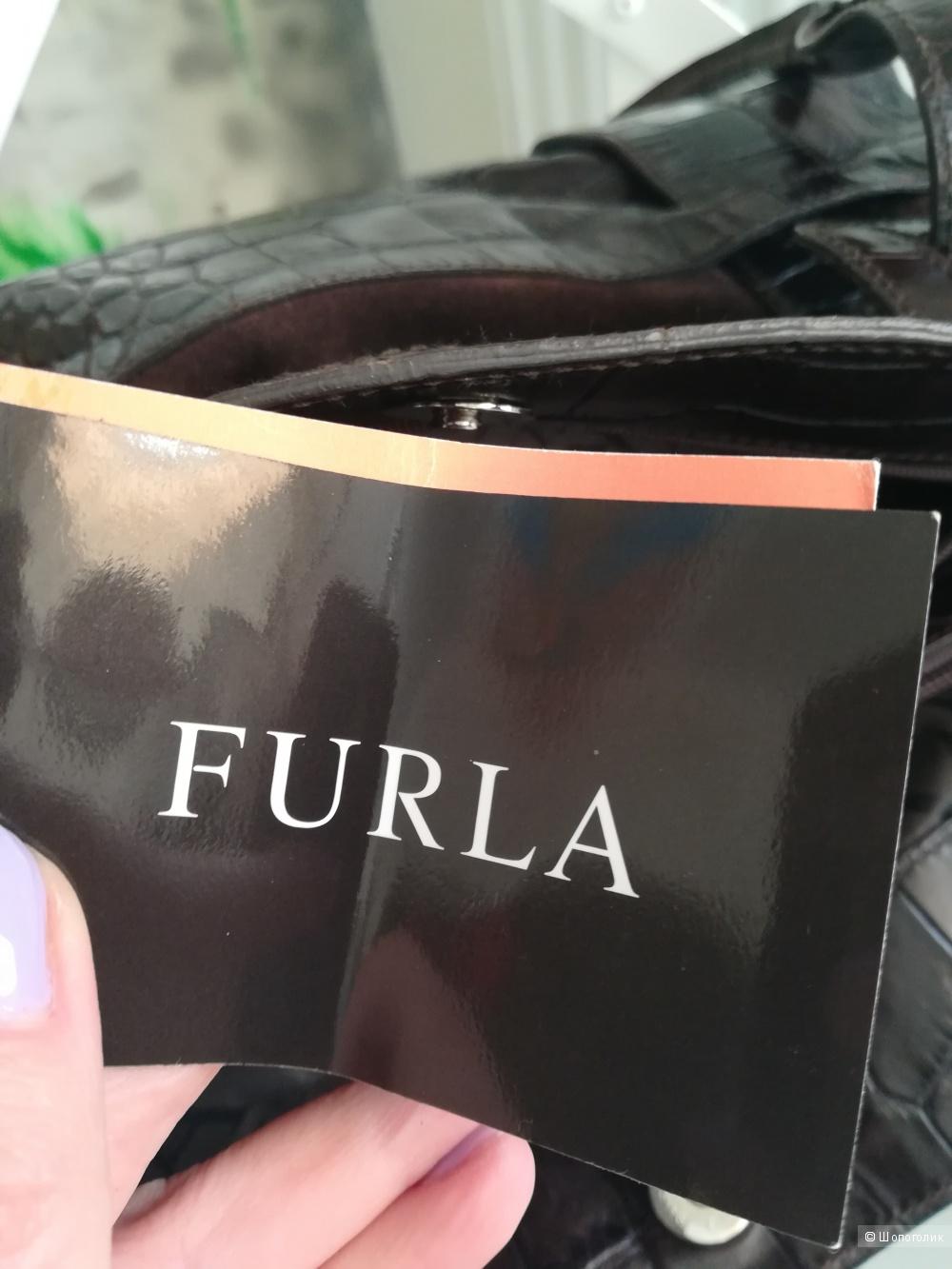 Сумка Furla, размер medium