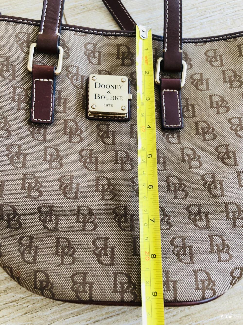 Сумка Dooney&Bourke размер м