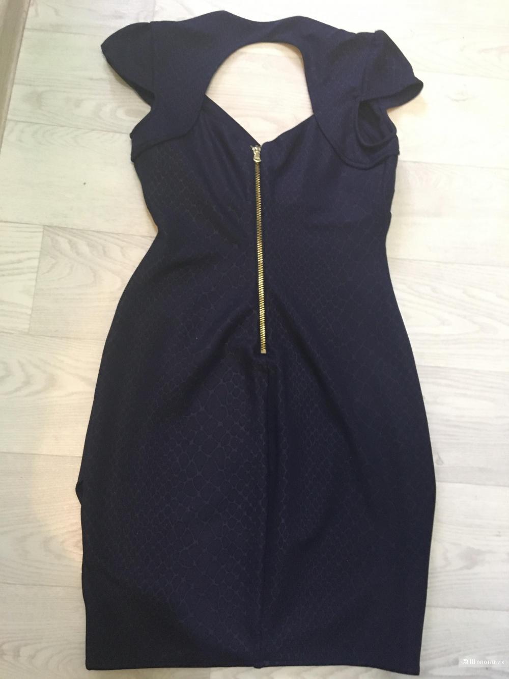 Платье Guess , xs