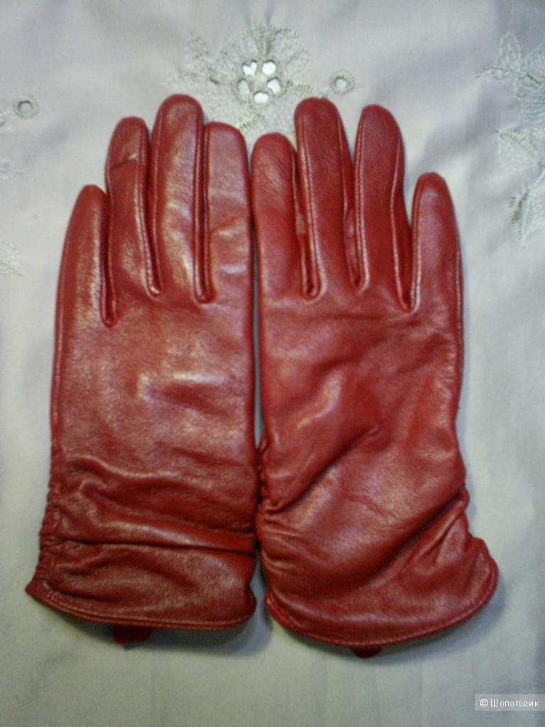 Перчатки от M&S р 6,5 см.