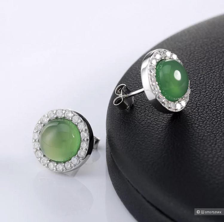 Серьги с зеленым агатом
