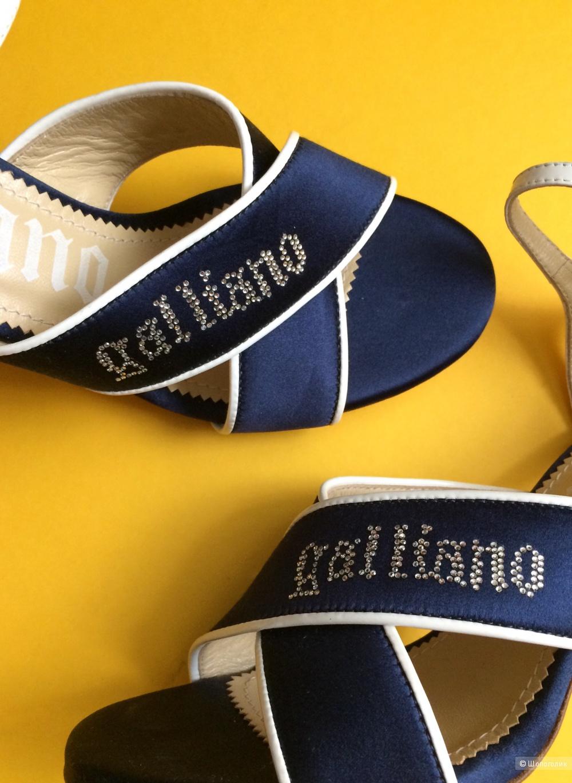 Босоножки Galliano 37-37,5
