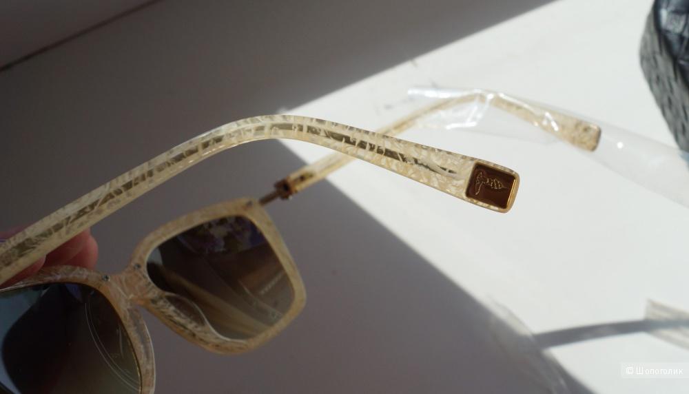 Солнцезащитные очки Trussardi, one size