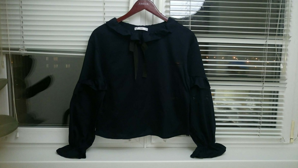 Блузка Mango размер S-M (42-44)