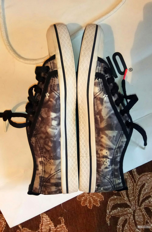 Кроссовки Adidas Original 38 размер