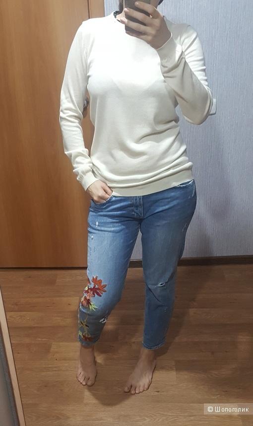 Шелковый джемпер Moschino cheap and chic на 42-44