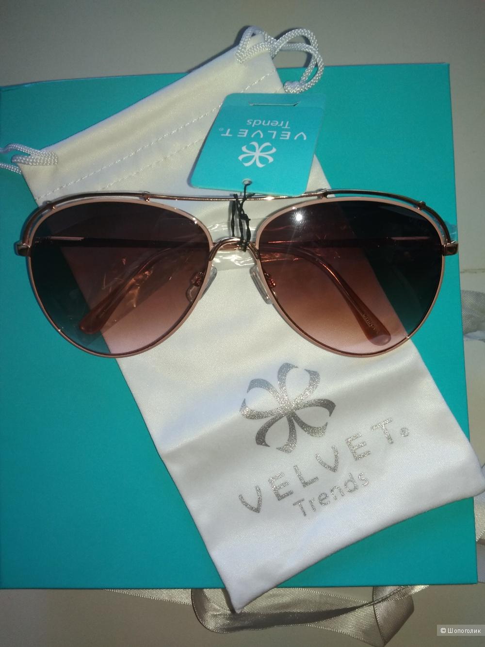 Набор солнцезащитных очков Velvet.
