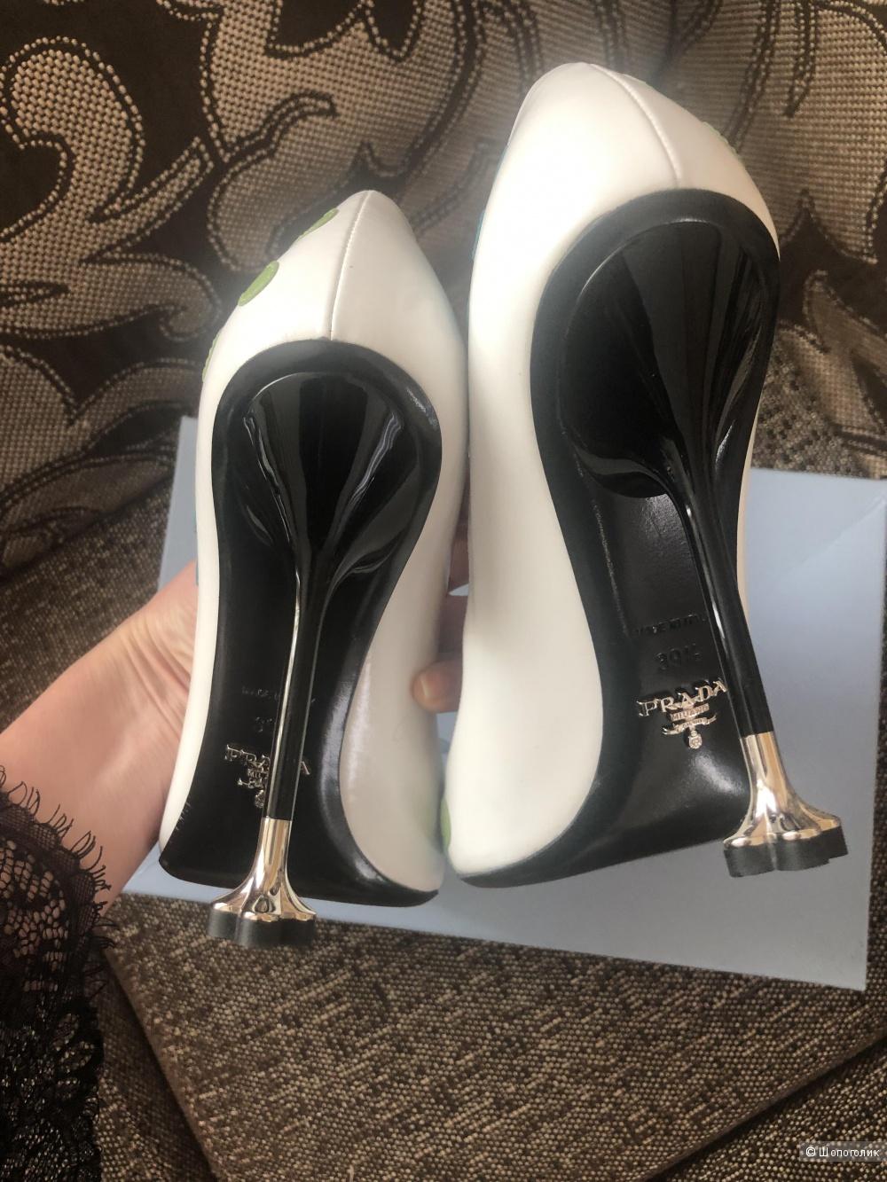 Туфли Prada. Размер 39,5.