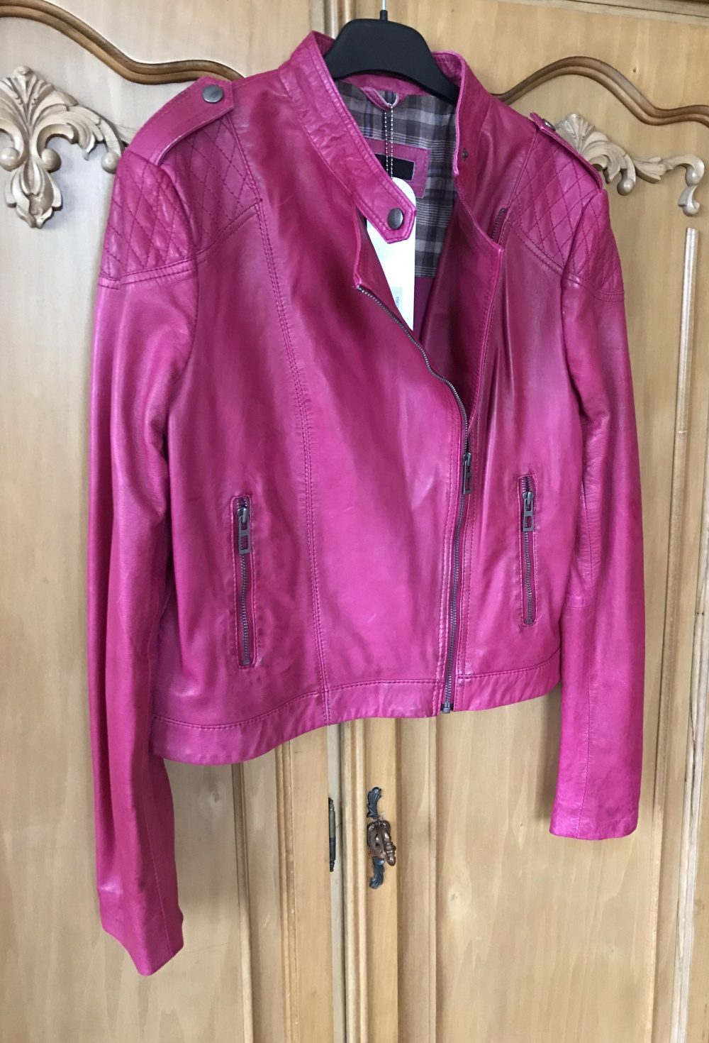 Куртка косуха кожаная Neohit размер 44-46