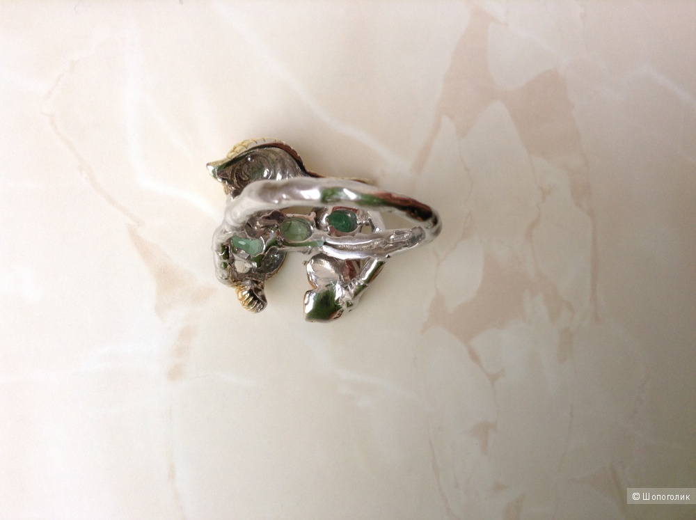 """Серебряное кольцо """"Улитка"""" с натуральными изумрудами, 19 размер"""