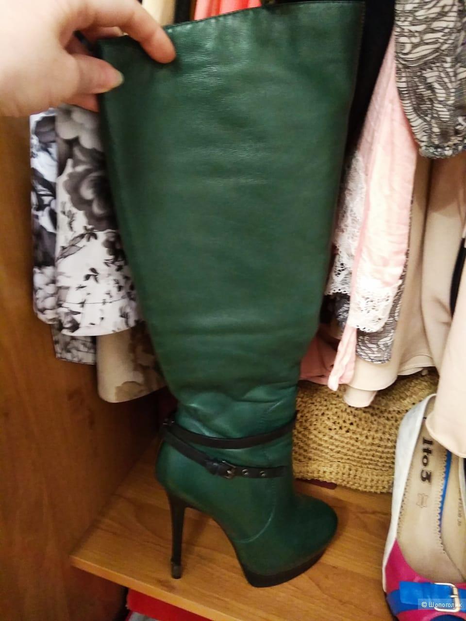 Зеленые кожаные сапоги, Volfira, размер 35