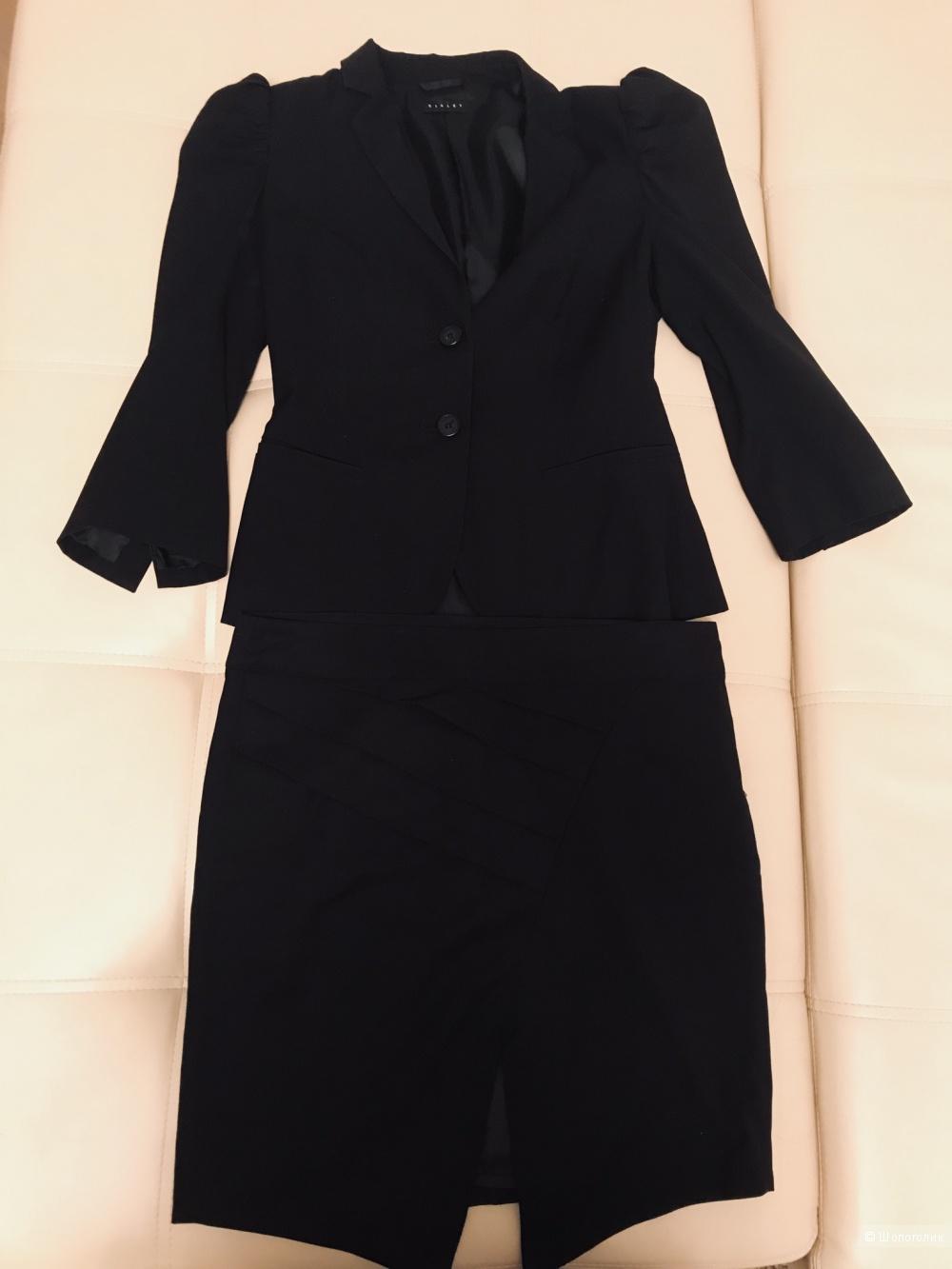 Костюм (юбка + пиджак) Sisley M