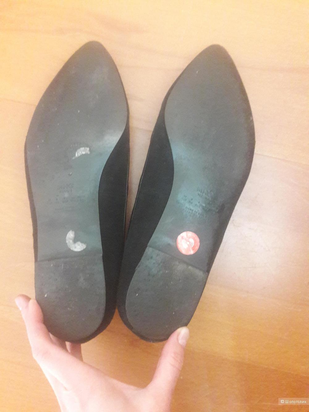 Замшевые туфли балетки Mango 40 размера