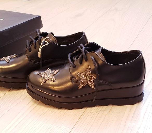 Кожаные туфли CULT, размер 34