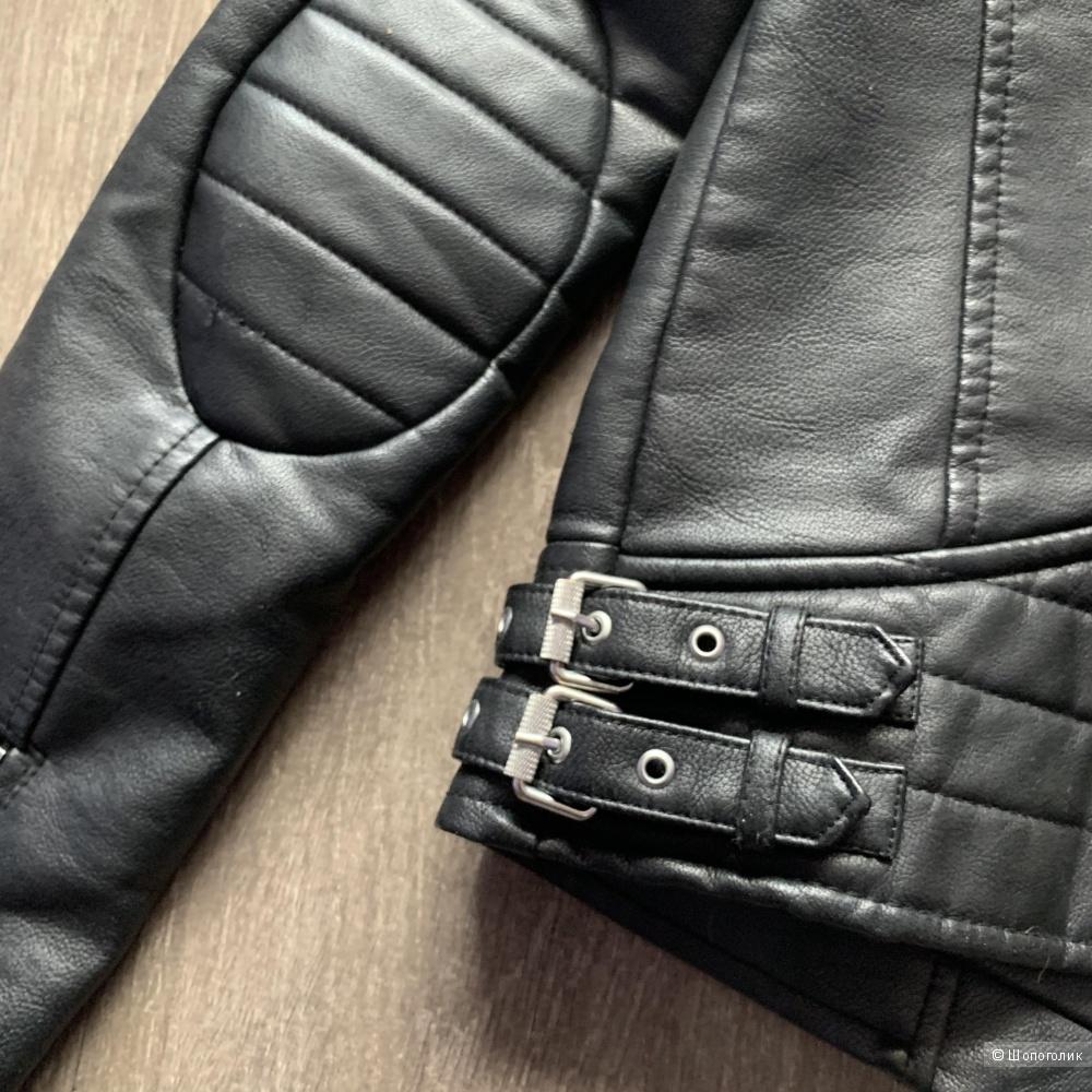 Куртка Zara экокожа S
