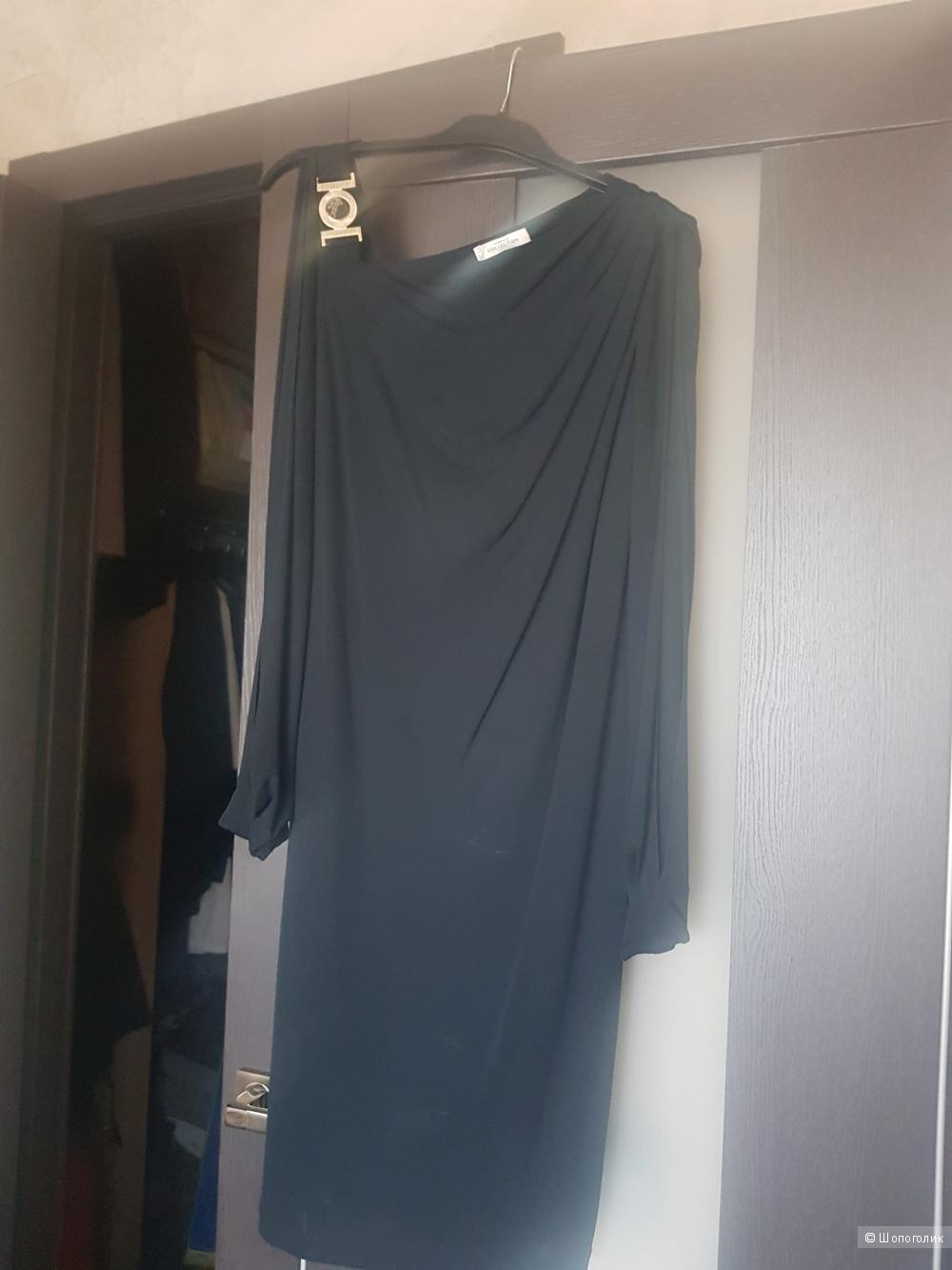 Платье Versace, размер 42 IT