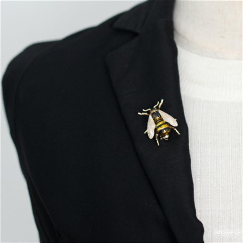 Брошь пчела, Miss Bijou